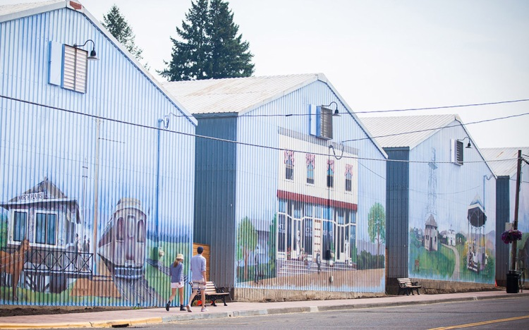Murals in North Plains, Oregon.